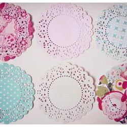 6 Parisian Lace Doily paper / pack 