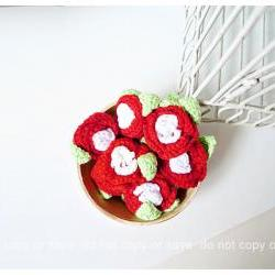2 Flower crochet applique with leaves / pack