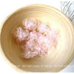 Organza light pink flower with pearl centered / pack